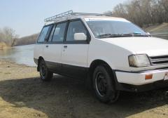 Легковые-Mitsubishi-Space Wagon