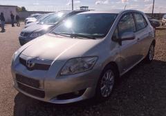 Легковые-Toyota-Auris